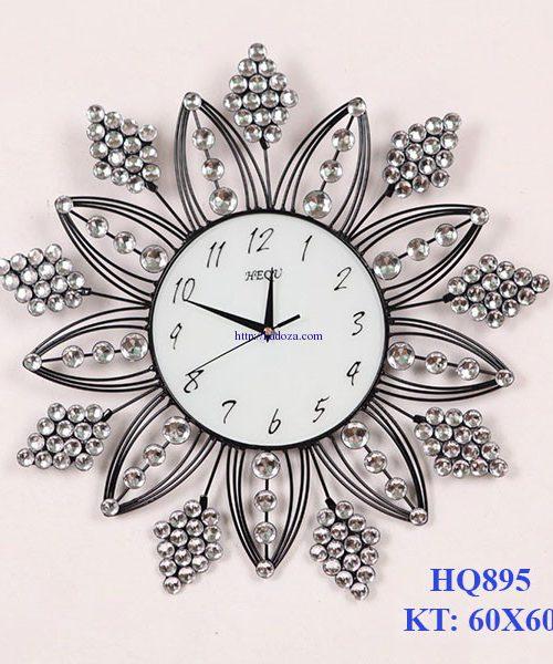 dong-ho-trang-tri-pha-le-thiet-ke-hien-dai-an-tuong-hq895