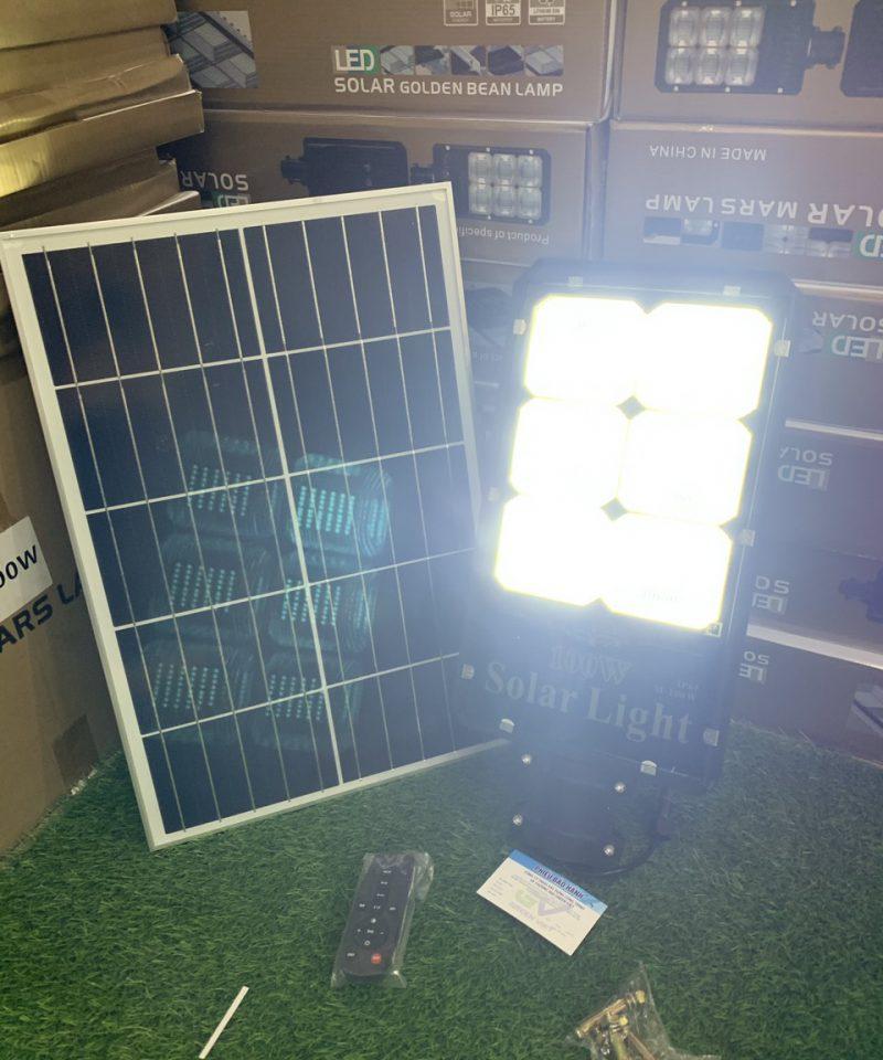 den-100w-nang-luong-mat-troi-den-solar-light-tot-nhat-tphcm-100mn