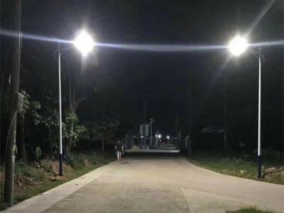 den-nang-luong-mat-troi-gia-re-dia-chi-ban-den-solar-light-uy-tin-green-viet