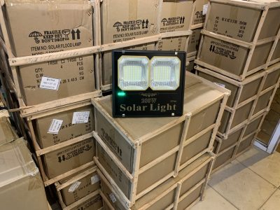 den-pha-200w-nang-luong-mat-troi-den-solar-light-200w-tsn