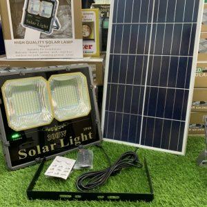 den-nang-luong-mat-troi-cao-cap-300w-den-pha-solar-light-300tsn