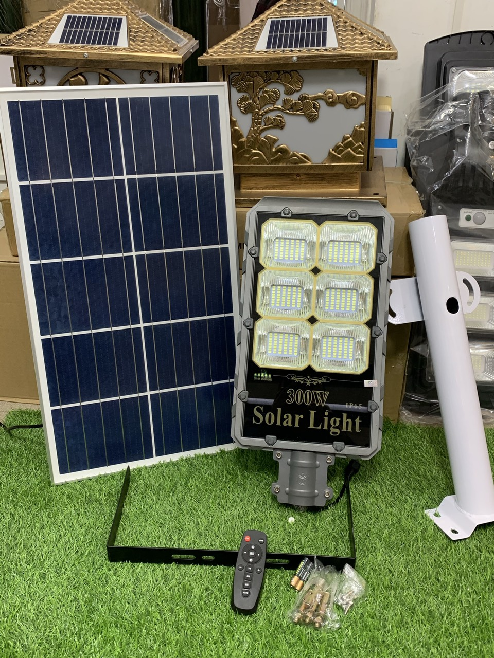 cach-sủ-dụng-den-nang-luọng-mạt-troi-chỉ-3-phut-den-nang-luong-solar-light