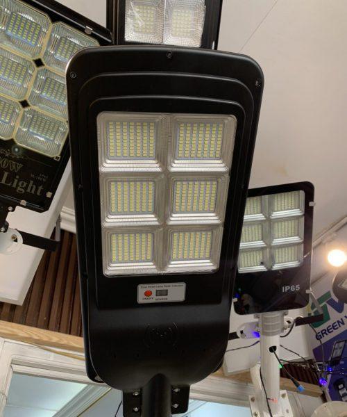 Đèn đường năng lượng mặt trời cao cấp 200w tấm pin liền LT-200
