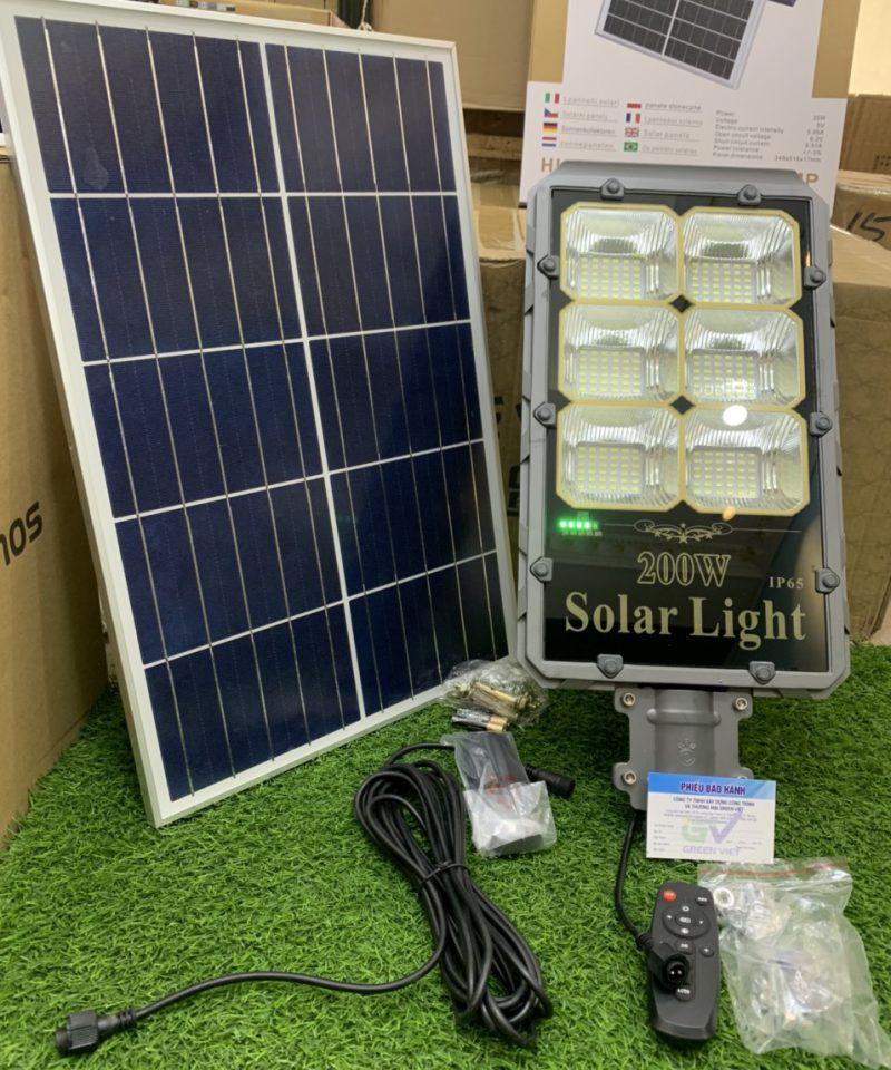 den-nang-luong-mat-troi-top-1-den-solar-light-sieu-sang-green-viet