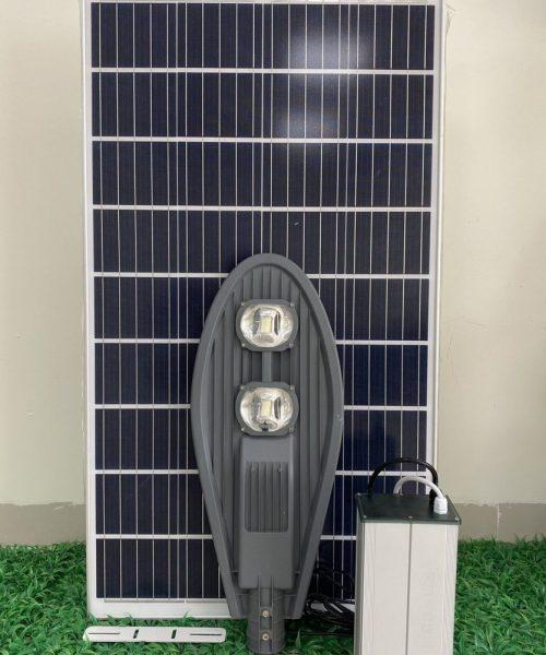 den-duong-nang-luong-mat-troi-la-cao-ap-l100w-den-solar-light-cao-cap-100w