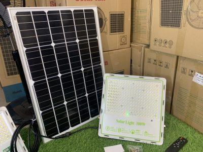den-nang-luong-mat-troi-chong-loa-300w-den-cao-cap-green-viet